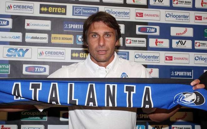 antonio_conte_sciarpa_atalanta.jpg