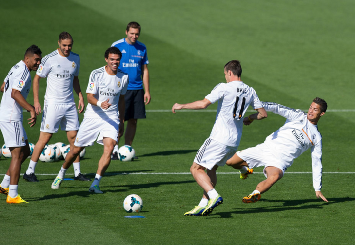 "Бэйл и Пепе на тренировке ""Мадрида"", Getty Images"