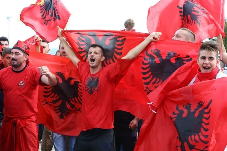 Фанаты сборной Албании / Getty Images
