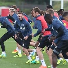 """Жозе Моуриньо хочет дать шанс показать себя трем игрокам """"Манчестер Юнайтед"""""""