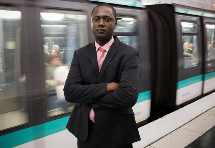 Сулейман Силла в парижском метро, Alvinet.com