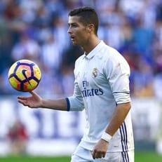 """""""Реал Мадрид"""" намерен оформить новые контракты еще с четырьмя игроками"""