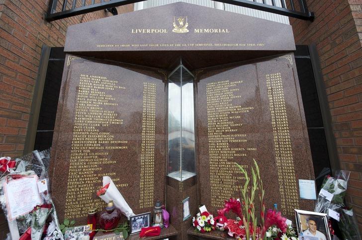 "Мемориал жертвам на ""Хиллсборо"", thisisanfield.com"