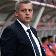 """Главный тренер """"Лиона"""" рассказал о возможных трансферах Карлоса Велы и Николаса Пепе"""