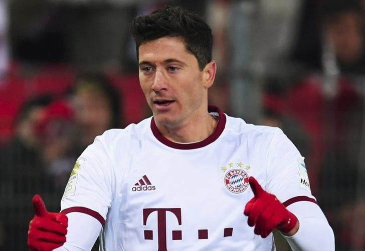 Гол Левандовски вдобавленное время принес «Баварии» победу над «Фрайбургом»