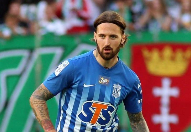 «Динамо» неможет договориться отрансфере футболиста «Леха» из-за финансовых трудностей
