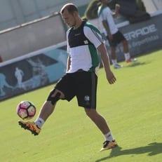 """Ла Лига подала в суд на фанатов """"Райо Вальекано"""", выступивших против трансфера Зозули"""
