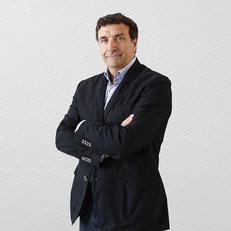 """Экс-игрок """"Барселоны"""" Алесанко стал спортивным директором """"Валенсии"""""""