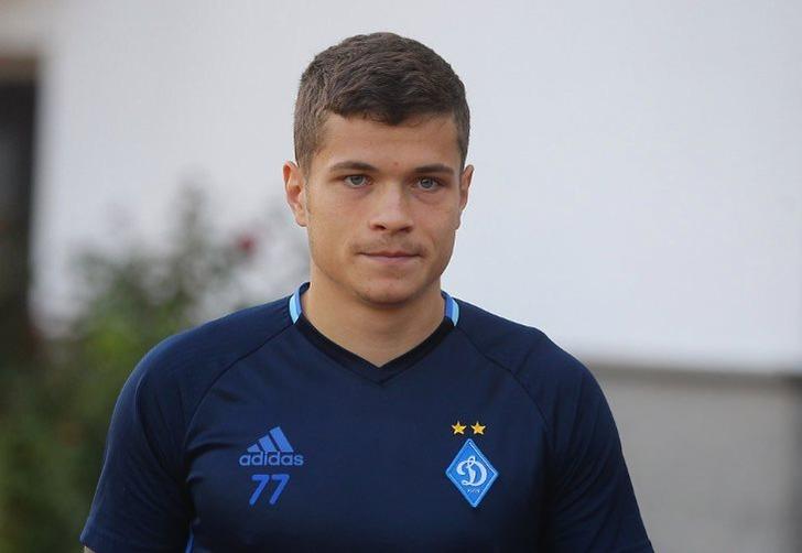 Экс-игрок «Динамо» Громов находится напросмотре в русском клубе