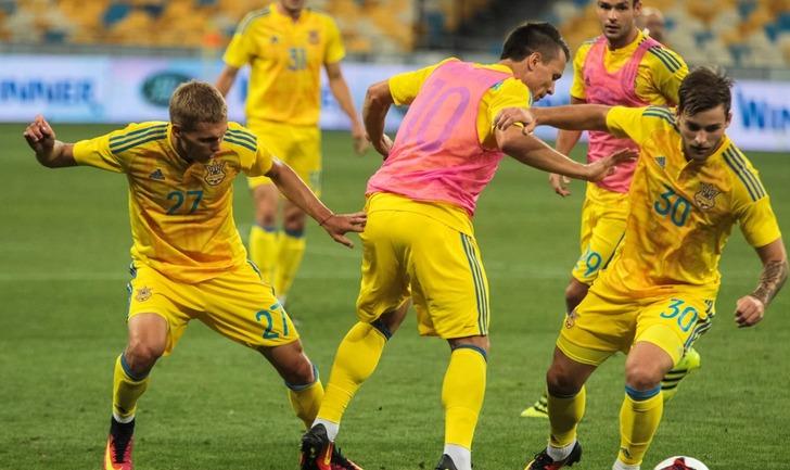 Сборная Украины потеряла одну строчку врейтинге ФИФА
