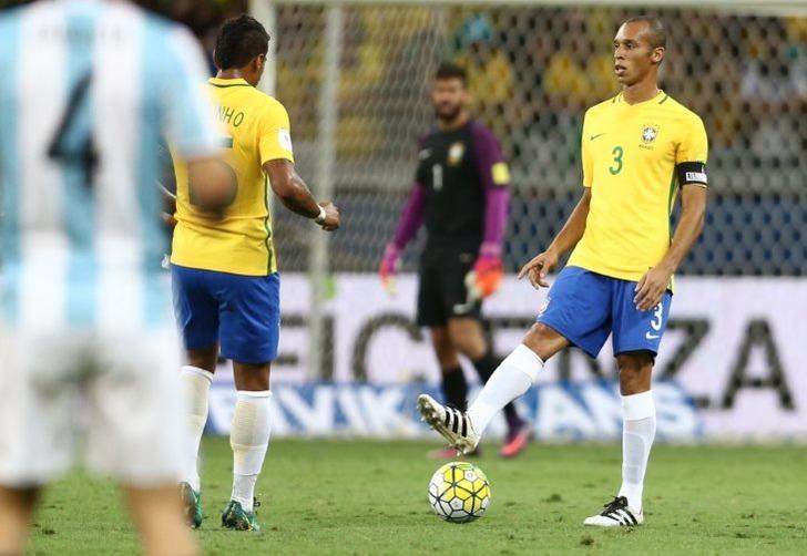 Бразилия разгромила Уругвай вотбореЧМ