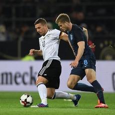 Германия минимально одолела Англию