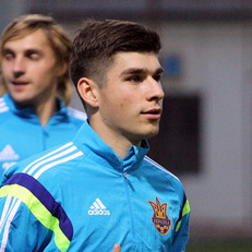 Названа причина отсутствия Малиновского в заявке на матч Хорватия – Украина