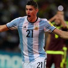Бауса вызвал в сборную Аргентины Аларио, Марконе и Каруссо
