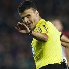 """Хиль Мансано обслужит матч 33-го тура Примеры """"Реал Мадрид"""" - """"Барселона"""""""
