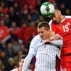 Швейцария минимально одолела Латвию