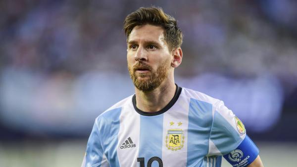 Месси сыграет заАргентину вофициальном матче не доэтого 10октября