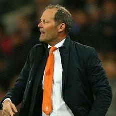 Данни Блинд уволен с поста главного тренера сборной Нидерландов