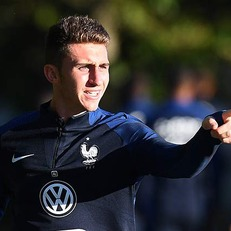 Лапорт вызван в сборную Франции на матч с Испанией вместо Рами