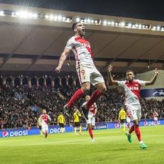"""""""Монако"""" на выезде победил """"Лион"""" и вернул себе первое место в Лиге 1"""