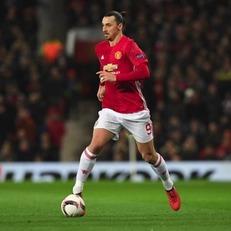 Ибрагимович не намерен завершать карьеру игрока из-за травмы колена