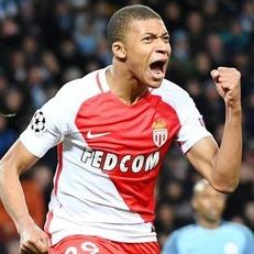 Мбаппе - самый юный игрок XXI века из топ-5 лиг с 14 голами в чемпионате