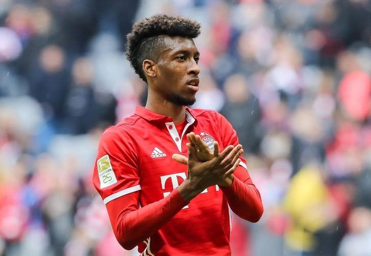 «Бавария» подписала договор сКингсли Команом