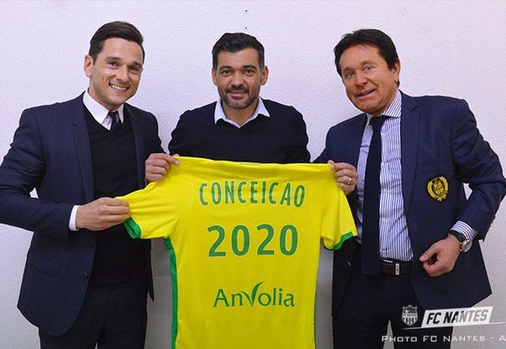 Сержиу Консейсау (в центре), fcnantes.com