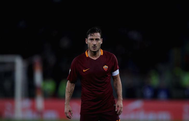 Футболист Тотти вконце сезона завершит карьеру и будет директоромФК «Рома»