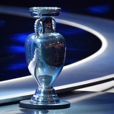 УЕФА будет учитывать соблюдение выбора прав человека при выборе хозяина ЧЕ-2024