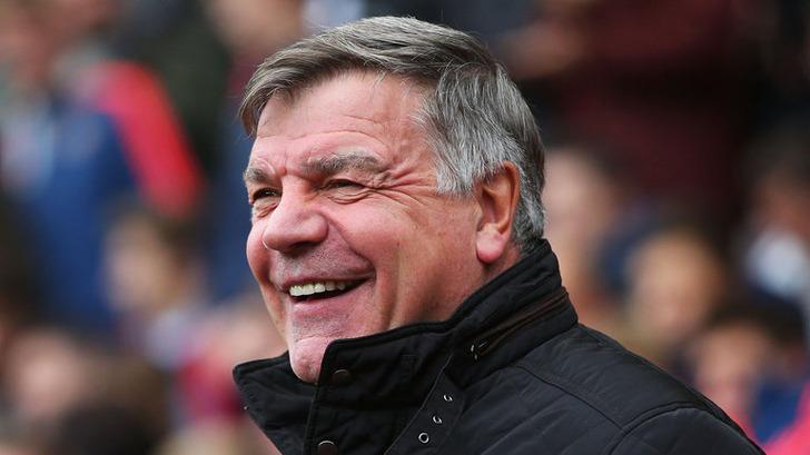 Прежний наставник сборной Британии пофутболу Эллардайс объявил озавершении карьеры тренера