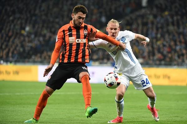 «Шахтер» повесил свою эмблему в пресс-службе стадиона киевского «Динамо»