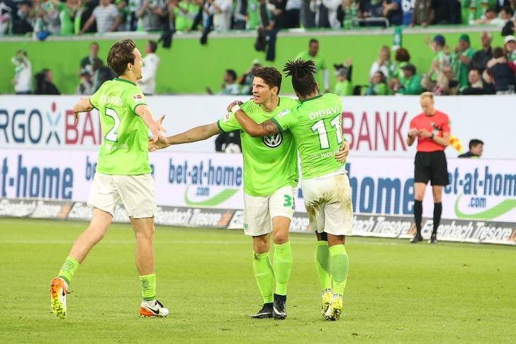 Фото: twimg.com