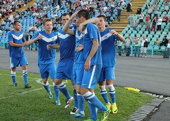 Фото: fcdesna.at.ua