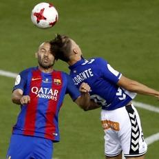 Маскерано повредился в финале Кубка Испании