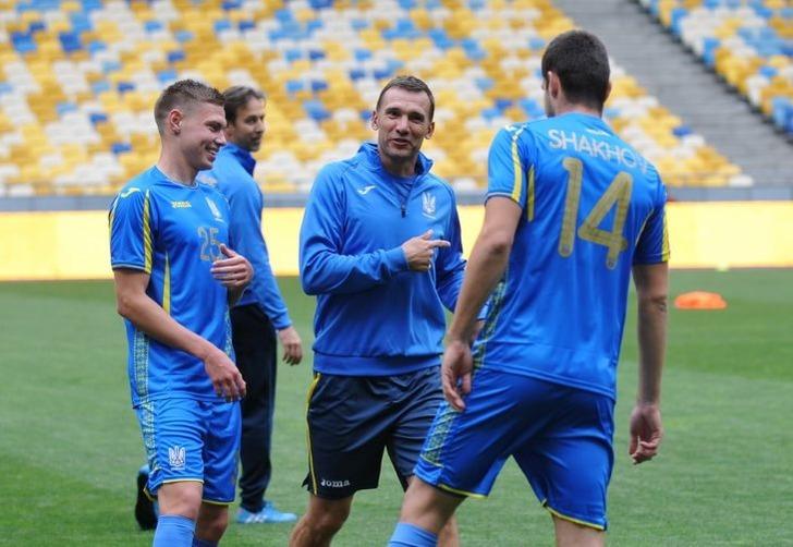 Сборная Мальты пофутболу одолела украинцев