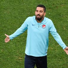 Арда Туран завершил выступления за сборную Турции