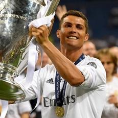 Роналду - самый высокооплачиваемый спортсмен мира