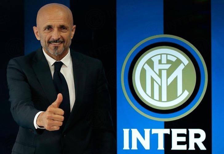 «Зенит» и«Интер» обсудили тренеров в социальная сеть Twitter