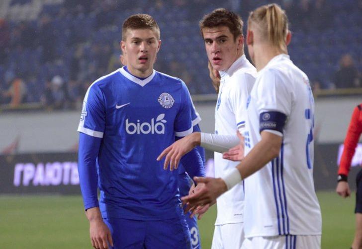 Артем Довбик (слева), fc-dnipro.com.ua