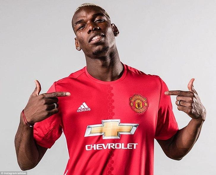 ФИФА оправдала Манчестер Юнайтед поделу Погба, новзялась заЮвентус