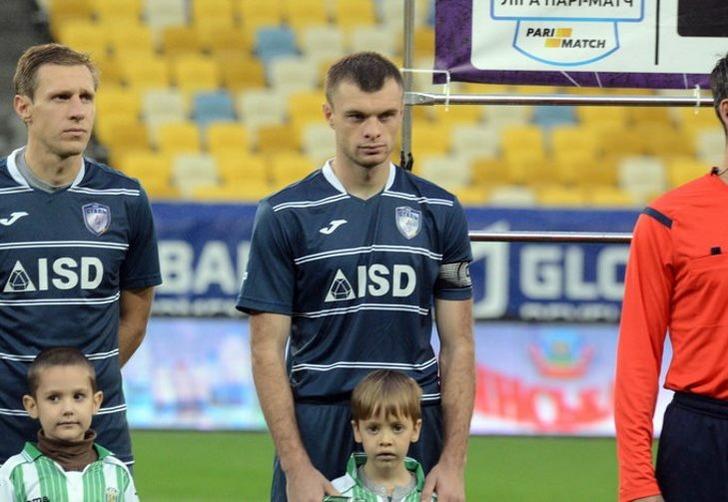 Максим Каленчук (в центре); фото: Михаил Козелко, Footboom