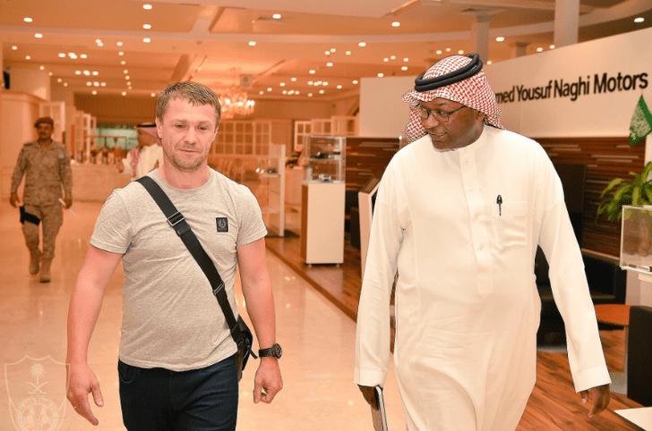 Сергей Ребров (слева), Al Ahli FC