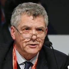 Президент испанской федерации Вильяр дисквалифицирован на год