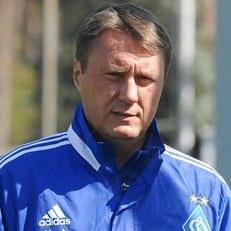 """Александр Хацкевич: """"Нужно было выходить на поле и играть в футбол, а не удерживать счет"""""""