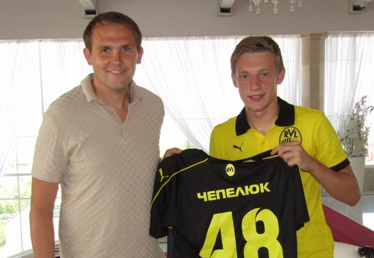 Александр Чепелюк (справа), fcruh.com