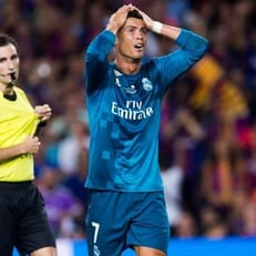 """""""Реал Мадрид"""" оспорит удаление Криштиану Роналду в матче против """"Барселоны"""""""