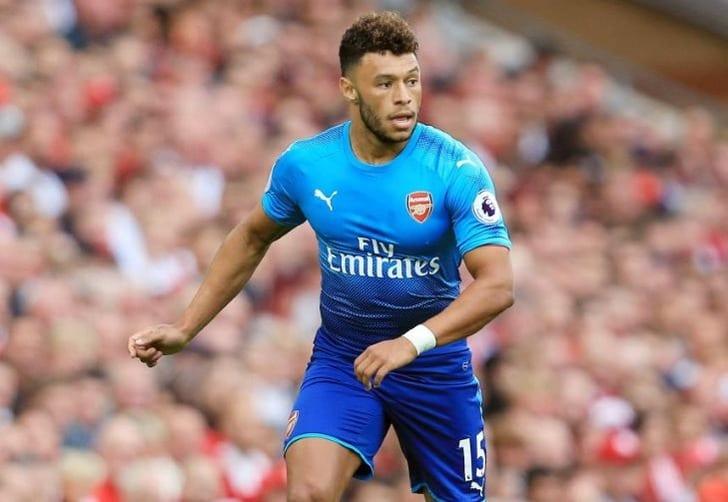 «Арсенал» и«Челси» согласовали трансфер Окслейд-Чемберлена, однако игрок отказался отперехода