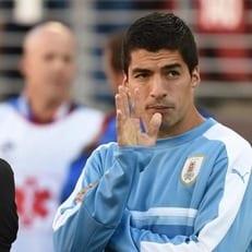Луис Суарес еще может сыграть в матче Уругвай - Аргентина