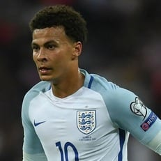 "Деле Алли: ""Я не хотел оскорбить арбитра матча Англия - Словакия"""